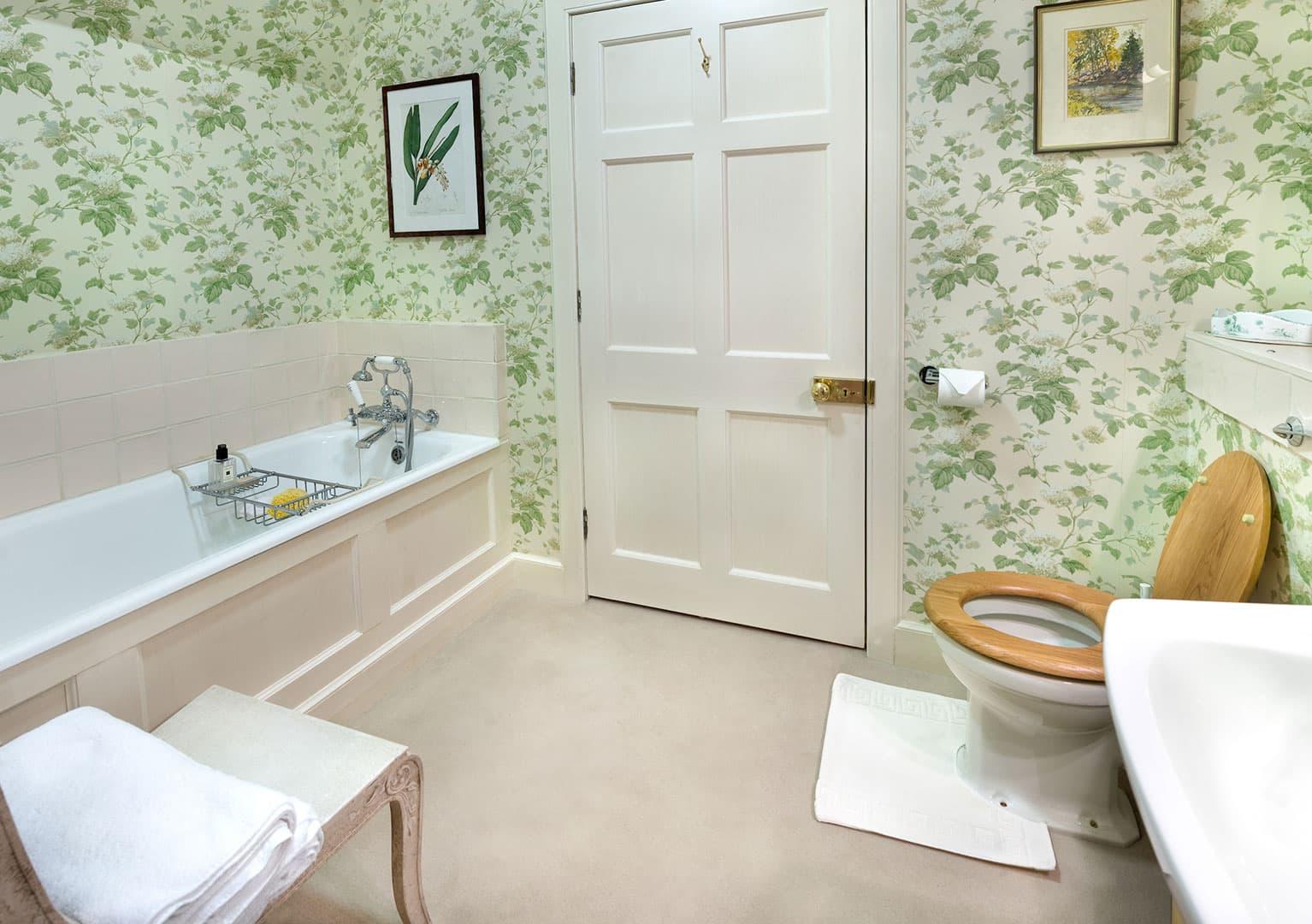 Bothy shared Bathroom